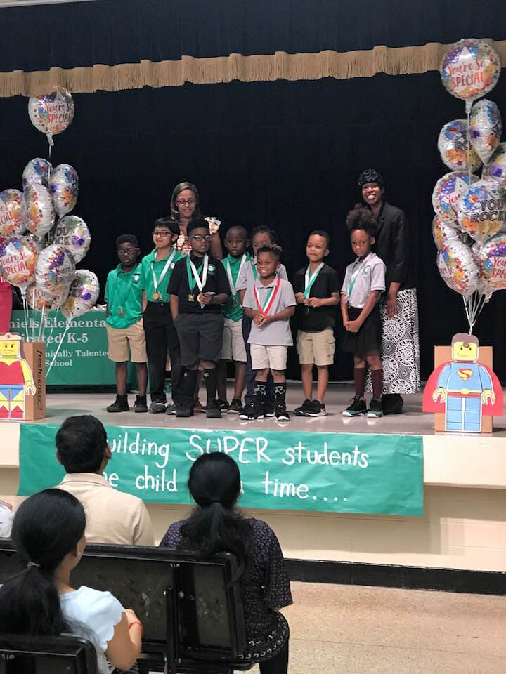 Honor Roll Awards Picture